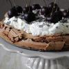 Chocolade taart met kersen