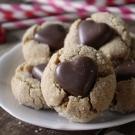 Pindakaas koekjes met chocolade hart