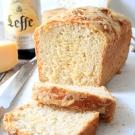 Leffe bierbrood met kaas